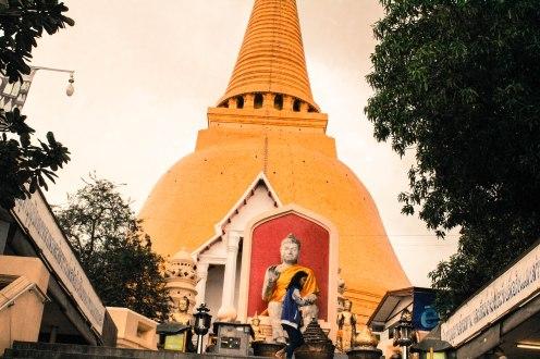 All Holy, Phra Pathom Chedi, BKK