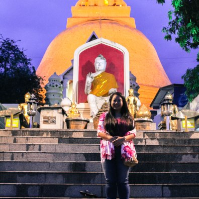 Angie, Phra Pathom Chedi, BKK