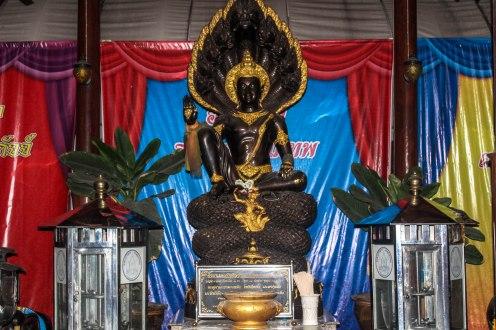 brown-goddess-golden-buddha-bangkok