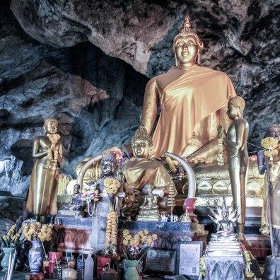 Golden Cave, Som Lom