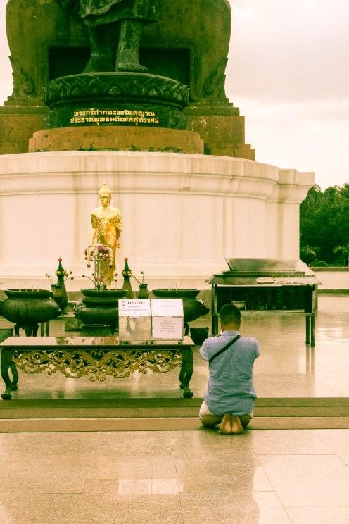 gratitude-buddhamonthon-phuttamonthon