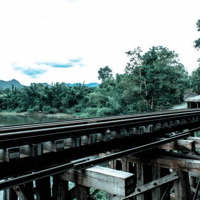 jungle-rails-som-lom-thailand_
