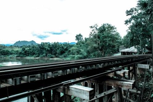 jungle-rails-som-lom-thailand_