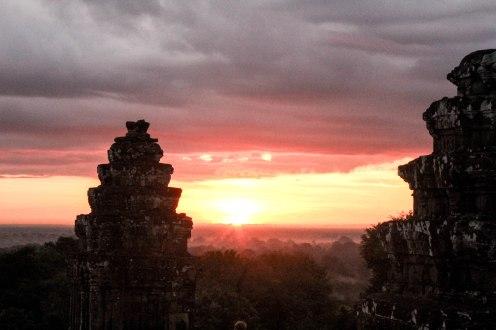 opening-of-earth-angkor-wat-cambodia