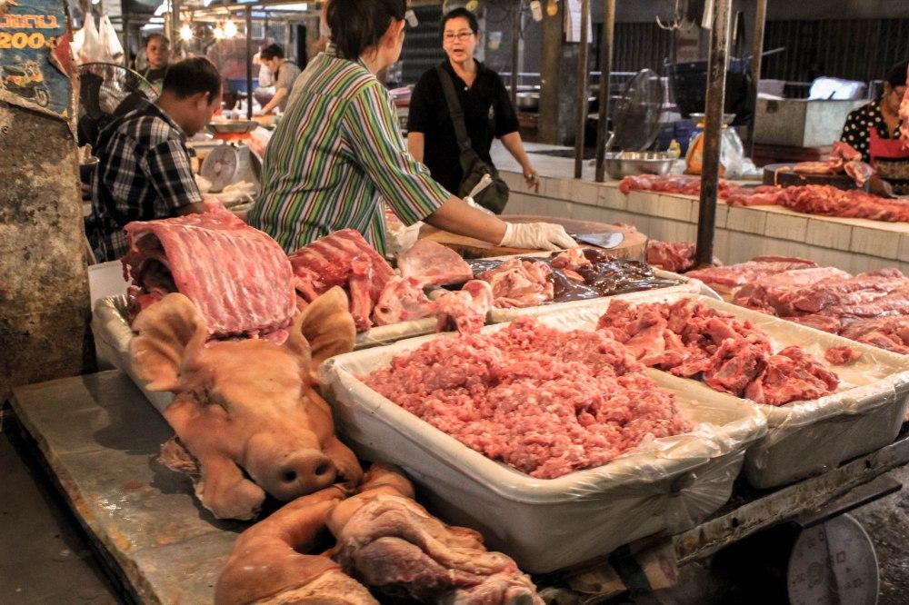 pig-heads-ban-tai-thailand