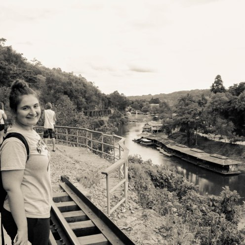 rail-smiles-som-lom-thailand-copy-2