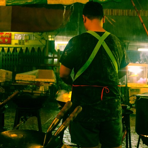 rainy-stirfry-chinatown-bangkok-copy