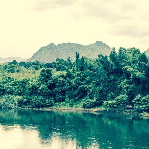river-road-som-lom-thailand-copy