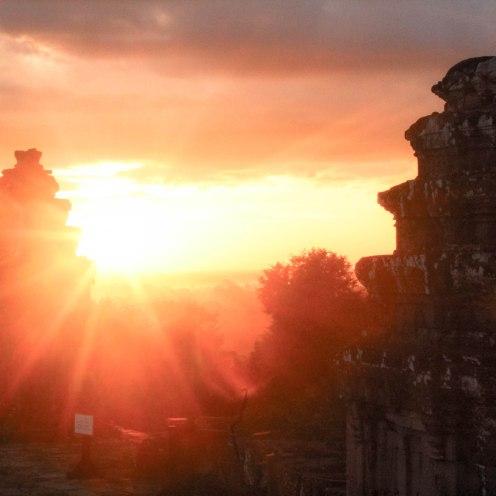 good-morning-angkor-wat-cambodia_