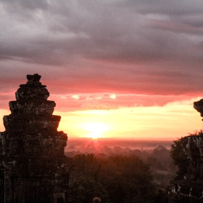 opening-of-earth-angkor-wat-cambodia