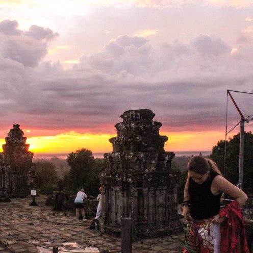 pants-br33zzyy-angkor-wat-cambodia-2