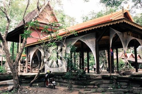 spider-temple-angkor-wat_
