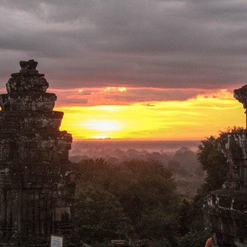sunrise-angkor-wat-cambodia_