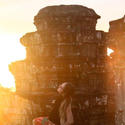 woah-br33zzyy-angkor-wat-cambodia